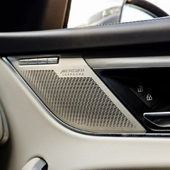 Jaguar F-Pace SVR 5.0 V8 AUTO 1