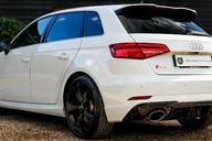 Audi RS3 QUATTRO 2.5 S-TRONIC 64