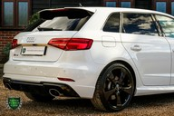 Audi RS3 QUATTRO 2.5 S-TRONIC 72
