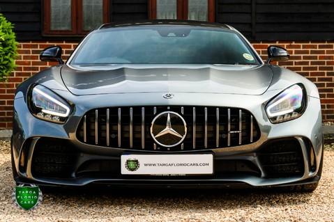 Mercedes-Benz Amg GT R 4.0 V8 Auto 29