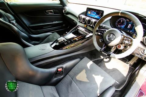 Mercedes-Benz Amg GT R 4.0 V8 Auto 11