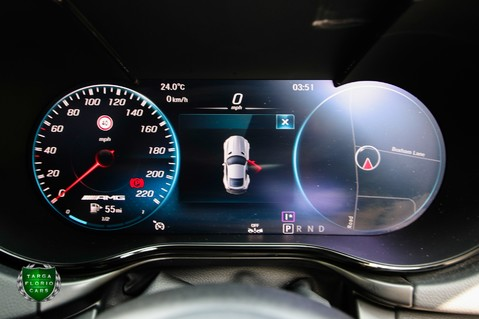 Mercedes-Benz Amg GT R 4.0 V8 Auto 18