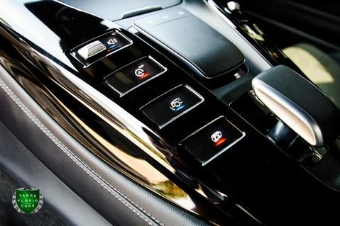 Mercedes-Benz Amg GT R 4.0 V8 Auto 10