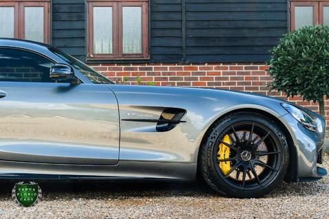 Mercedes-Benz Amg GT R 4.0 V8 Auto 6
