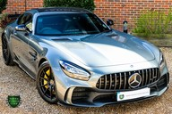 Mercedes-Benz Amg GT R 4.0 V8 Auto 51