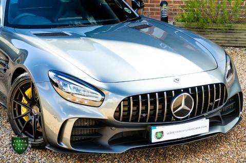 Mercedes-Benz Amg GT R 4.0 V8 Auto 52
