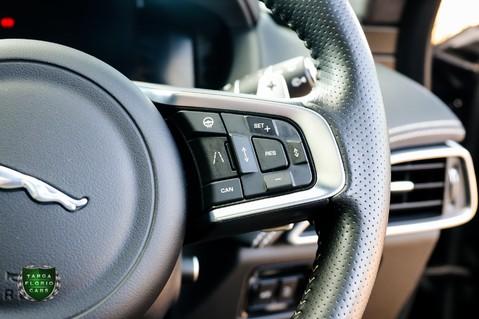 Jaguar F-Pace SVR 5.0 AWD AUTO 18