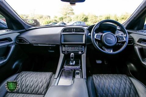 Jaguar F-Pace SVR 5.0 AWD AUTO 47