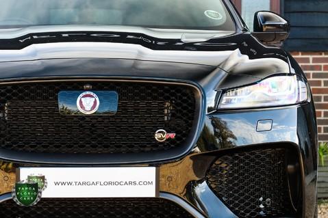 Jaguar F-Pace SVR 5.0 AWD AUTO 65