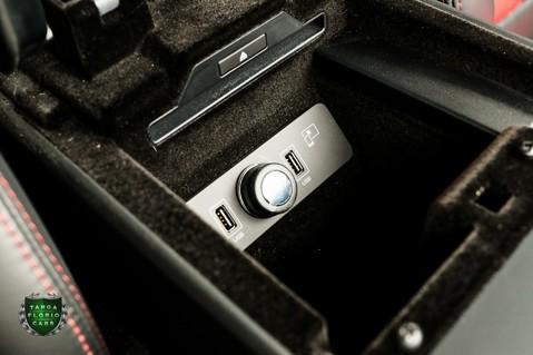 Jaguar F-Type 5.0 V8 R AWD 32
