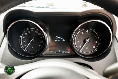 Jaguar F-Type 5.0 V8 R AWD 33