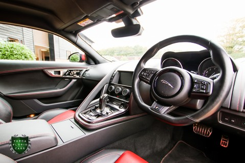 Jaguar F-Type 5.0 V8 R AWD 12
