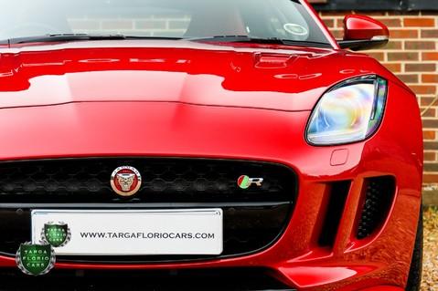 Jaguar F-Type 5.0 V8 R AWD 54