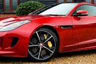 Jaguar F-Type 5.0 V8 R AWD 64