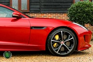 Jaguar F-Type 5.0 V8 R AWD 4