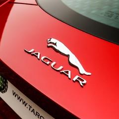 Jaguar F-Type 5.0 V8 R AWD 2