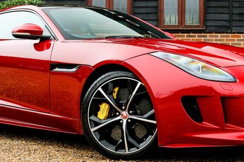 Jaguar F-Type 5.0 V8 R AWD 5