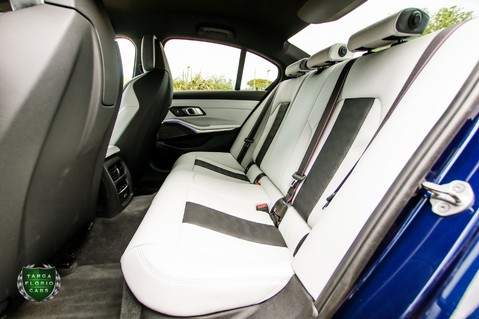 BMW M3 COMPETITION 3.0 Auto 33