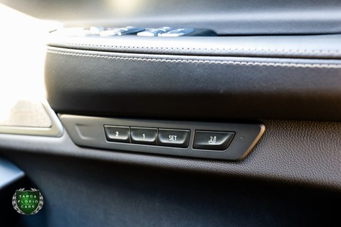 BMW 7 Series 730D M SPORT 3.0 Auto 23