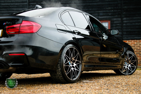 BMW 3 Series M3 COMPETITION PACKAGE 31