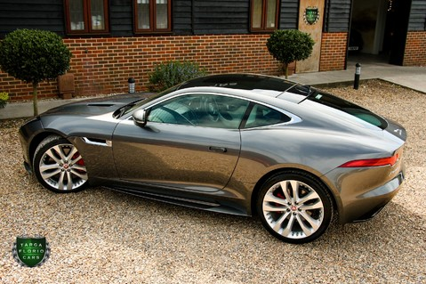 Jaguar F-Type V6 S 28