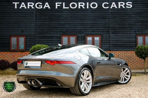 Jaguar F-Type V6 S 37
