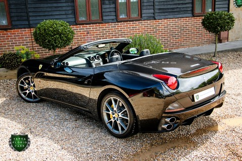 Ferrari California 2 PLUS 2 28