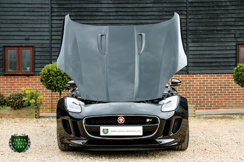 Jaguar F-Type R 15