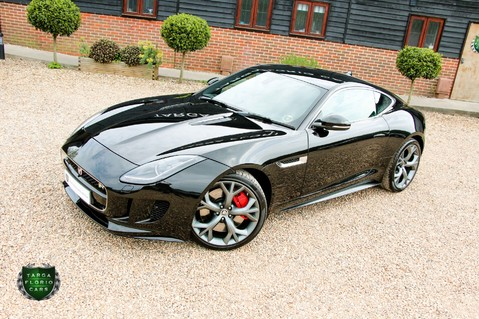 Jaguar F-Type R 20