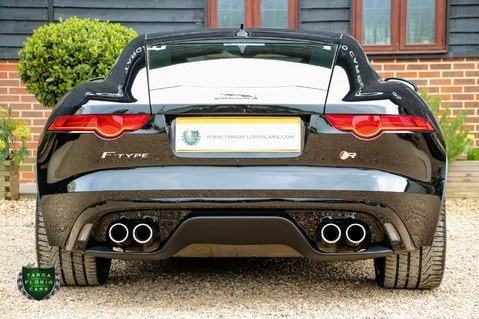Jaguar F-Type R 26