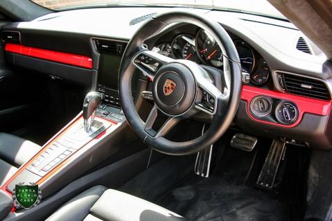 Porsche 911 CARRERA PDK 5