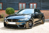 BMW M4 COMPETITION PACK 8