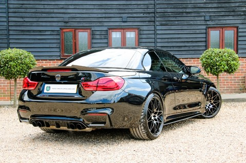 BMW M4 COMPETITION PACK 3