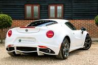 Alfa Romeo 4C 1.75 TBI Coupe 2