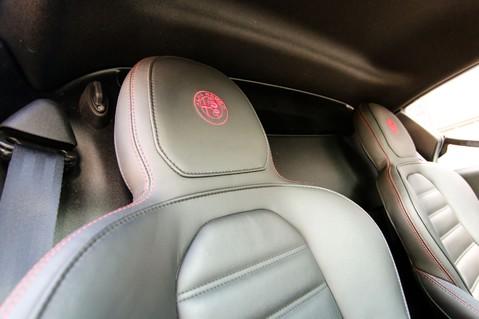 Alfa Romeo 4C 1.75 TBI Coupe 21