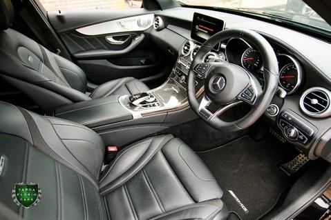 Mercedes-Benz C Class AMG C 63 PREMIUM 32