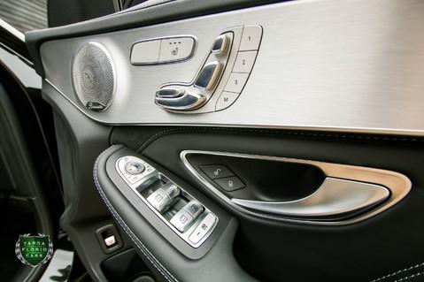 Mercedes-Benz C Class AMG C 63 PREMIUM 28