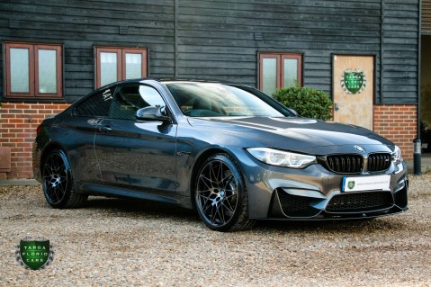 BMW 4 Series M4 COMPETITION 4