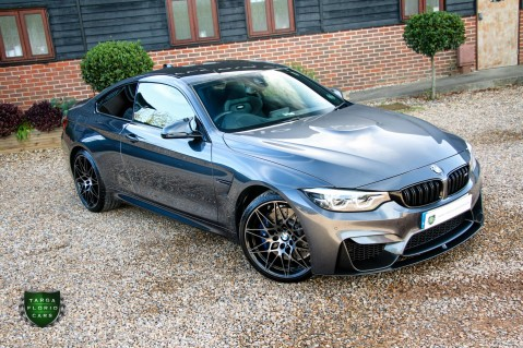BMW 4 Series M4 COMPETITION 6