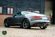 Jaguar F-Type R AWD 7