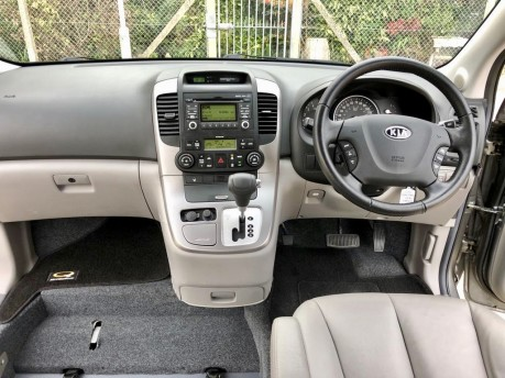 Kia Sedona 2011 3 CRDI Wheelchair Accessible Vehicle WAV 6