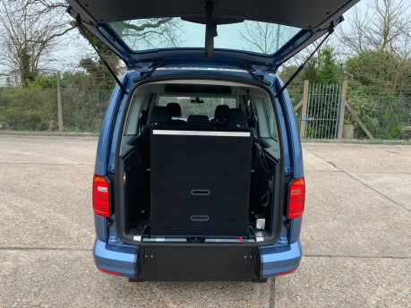 Volkswagen Caddy Maxi 2020 NEW & UNREGISTERED C20 LIFE TDI Wheelchair Accessible Vehicles WAV 30