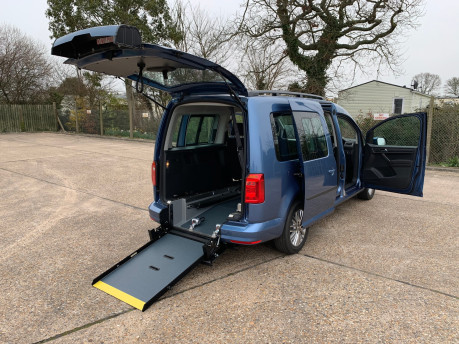 Volkswagen Caddy Maxi 2020 NEW & UNREGISTERED C20 LIFE TDI Wheelchair Accessible Vehicles WAV 35