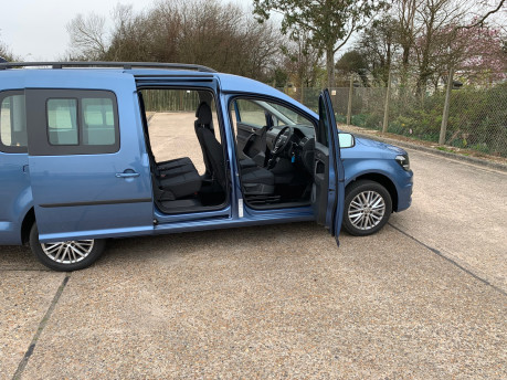 Volkswagen Caddy Maxi 2020 NEW & UNREGISTERED C20 LIFE TDI Wheelchair Accessible Vehicles WAV 37