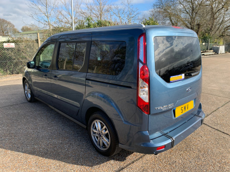 Ford Grand Tourneo Connect 2020 Titanium NEW & UNREGISTERED Wheelchair Accessible Vehicle WAV 31