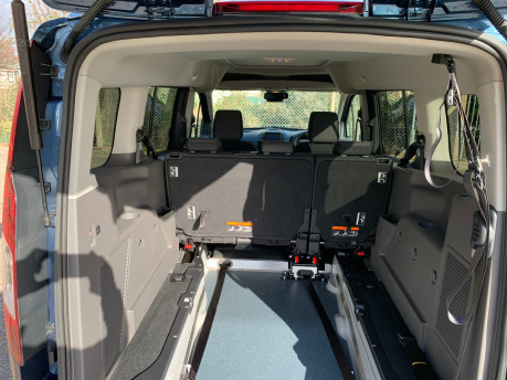 Ford Grand Tourneo Connect 2020 Titanium NEW & UNREGISTERED Wheelchair Accessible Vehicle WAV 11