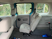 Renault Kangoo 2010 EXPRESSION 16V wheelchair & scooter accessible vehicle WAV 22