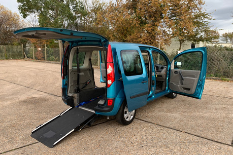 Renault Kangoo 2010 EXPRESSION 16V wheelchair accessible vehicle WAV
