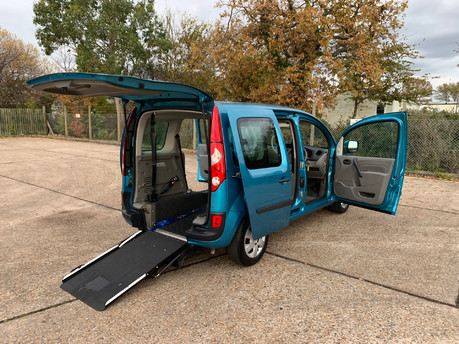 Renault Kangoo 2010 EXPRESSION 16V wheelchair & scooter accessible vehicle WAV