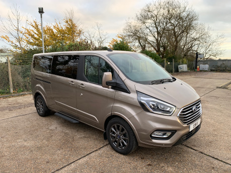 Ford Tourneo Custom NEW & UNREGISTERED TITANIUM X ECOBLUE WHEELCHAIR ACCESSIBLE VEHICLE WAV 3